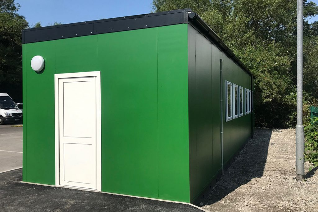 Prefabricated office and welfare building